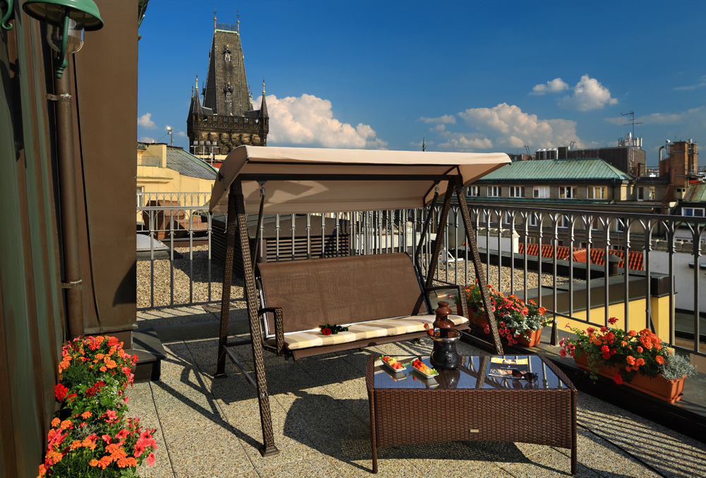 Prague accommodation in luxury hotel rooms grand hotel for Grand hotel bohemia hotel prague